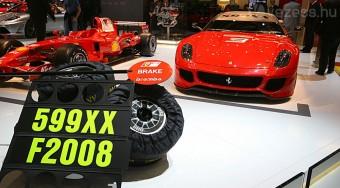 700 lóerős laborautó a Ferraritól