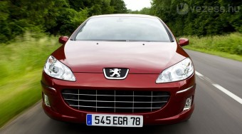 Öt liter alatt a Peugeot 407