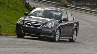 Itt az új Subaru Legacy
