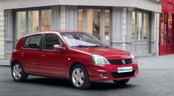 Piacon marad a régi Renault Clio