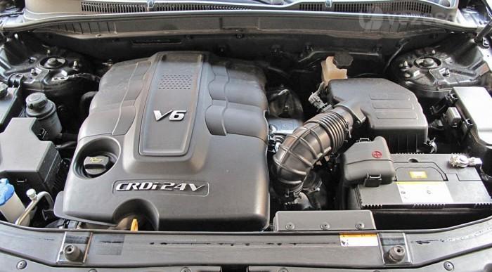 Dörmögő V6-os