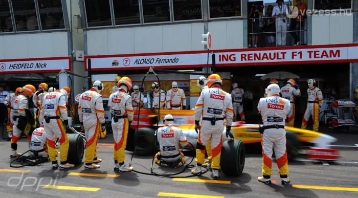 Alonso rugalmasabb stratégiát választott