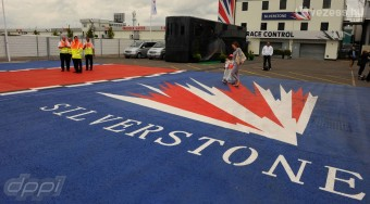 Pálfordulás: Mégis marad Silverstone?
