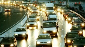 Veszteséget okoz a sok autó