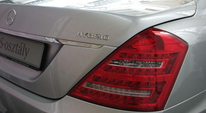 Reszkess, Lexus!