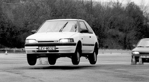 Pedig ez még nem is a GT-R! 1989-1994 között készült az a sorozat