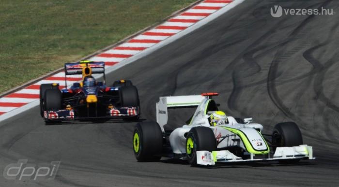 Vettel Buttonnak adta a győzelmet Isztambulban