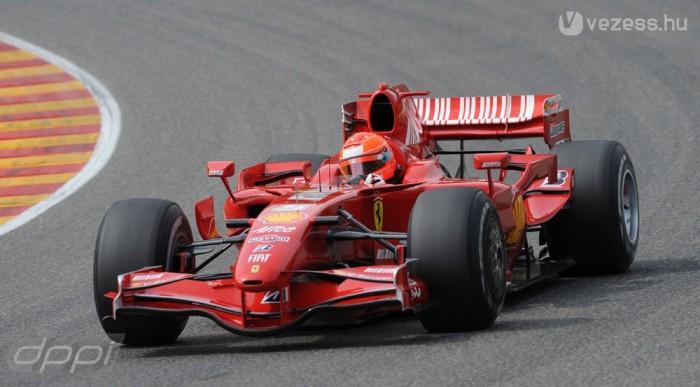 Ma még csak a 2007-es autót vezeti, de az F60-asba is beülhet