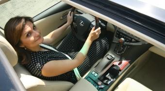 Lexus RX 450h női kézben