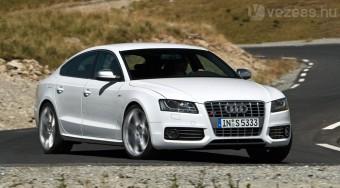 333 lóerős családi Audi