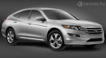 Ferdehátú családi Honda