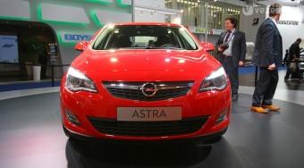 Miben jobb az új Astra? - videóval
