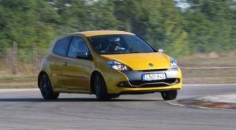 Clio RS: Rózsa Gyurinak való