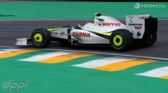 Barrichello maradhat a Brawnnál