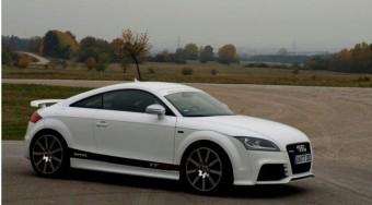 Audi TT R8-tudással