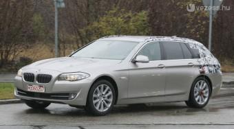 Új kombi a BMW-től