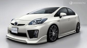 Csupaizom Toyota Prius és Honda Insight
