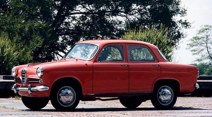 Ez az 1955 és 1964 közötti Giulietta szedán