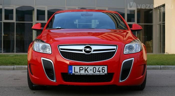 14 milliós Opel