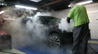 Autómosás: elég az olcsó vagy megéri a drágább?