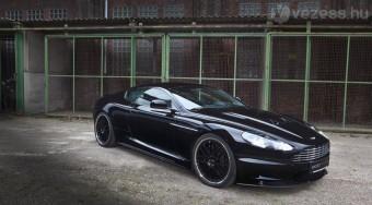Kezelésen James Bond autója