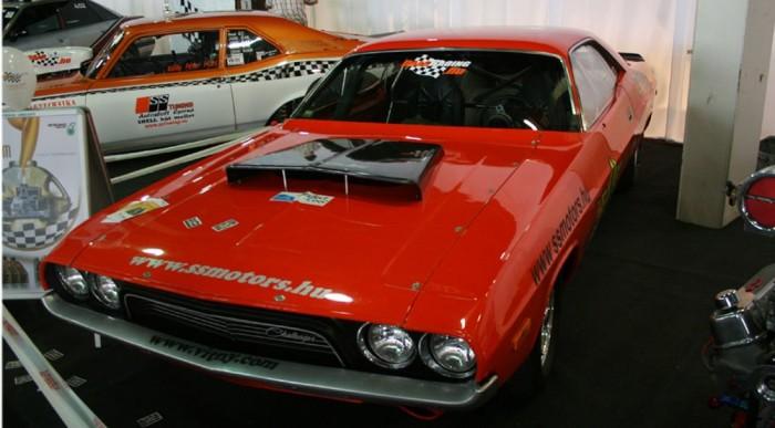 Dodge, ami szép és iszonyat gyors...egyenesben