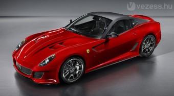 Itt a leggyorsabb utcai Ferrari