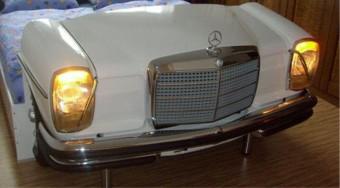 Álomutazás egy Mercedesben