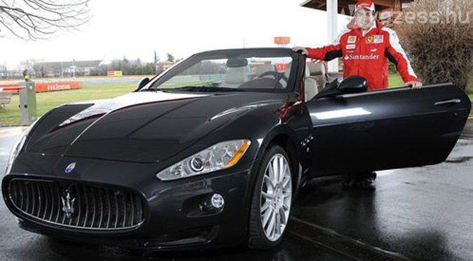 Alonso egy Maseratival villoghat