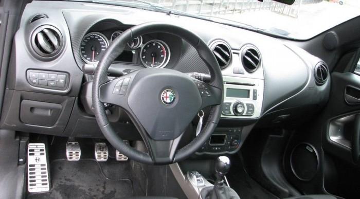 Alfa belső Fiat alkatrészekből