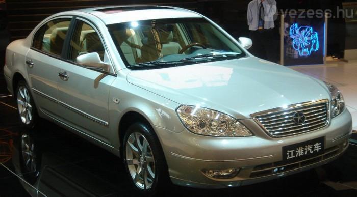 A Mercedes S-osztálynak is gyárt ellenlábast a JAC