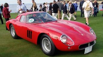 Milliárdos Ferrarit vett a műsorvezető