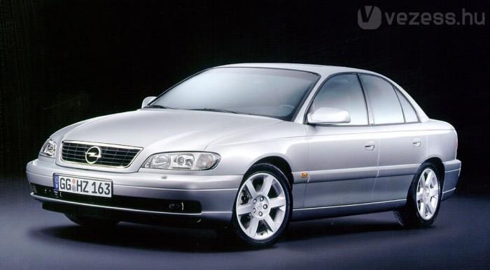 Az Opel mégsem dobta piacra a 310 lóerős Omegát