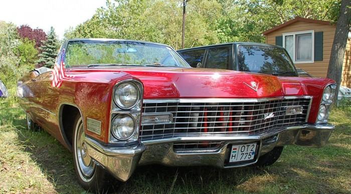 Cadillac De Ville, országúti anyahajó.