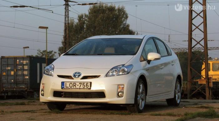 A Prius nemcsak CO2-ből, de káros anyagokból is nagyon keveset bocsát ki, szemben a dízelekkel