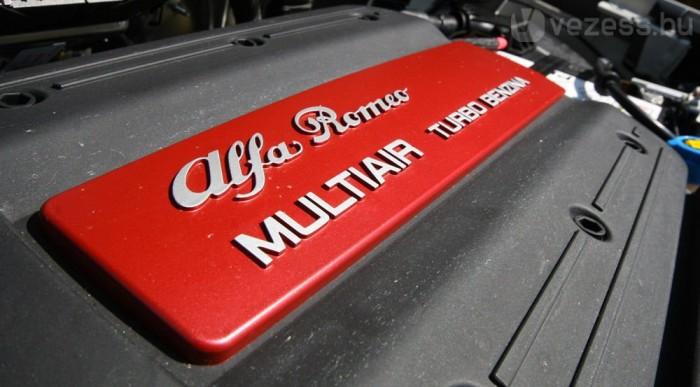Az Alfa Romeo MiTo (Milano és Torino) vezette be a MultiAir-technikát