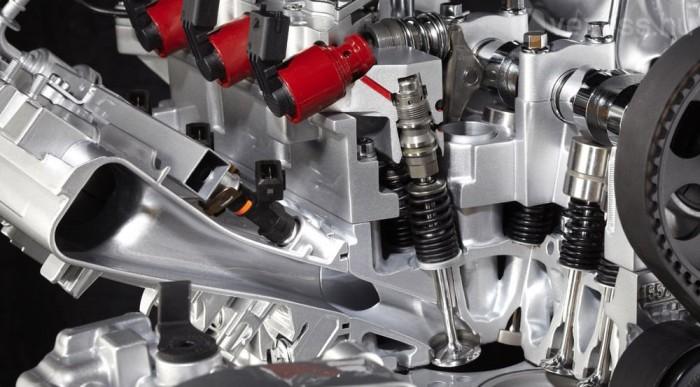 Elektrohidraulikus a szelepmozgatás. A változó mélységű szelepnyitás helyettesíti a fojtószelepet, mint a BMW Valvetronic rendszerében