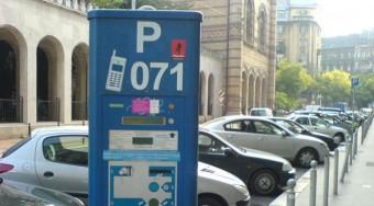 Ezentúl a benzintől függ a parkolási díj