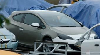 Képen az új sportos Opel Astra