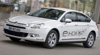Menetközben leáll az új Citroën motorja