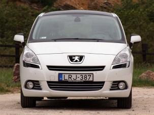 Teszt: Peugeot 5008 1,6 THP Premium
