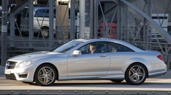 Kiszivárgott képeken a 600 lóerős Mercedes
