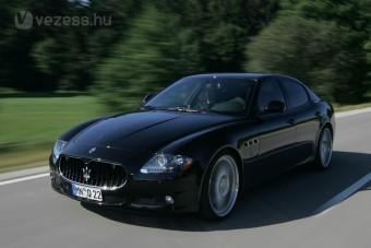 Sportkocsi bújt a Maserati limuzinba