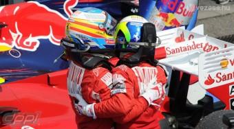 Alonso ügye olyan, mint amikor a gólkirályjelölt rúgja a 11-est