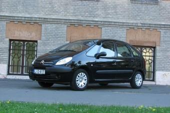 Tíz éve a tuti családi autó