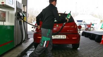 Pechjük van a benzinnel járóknak
