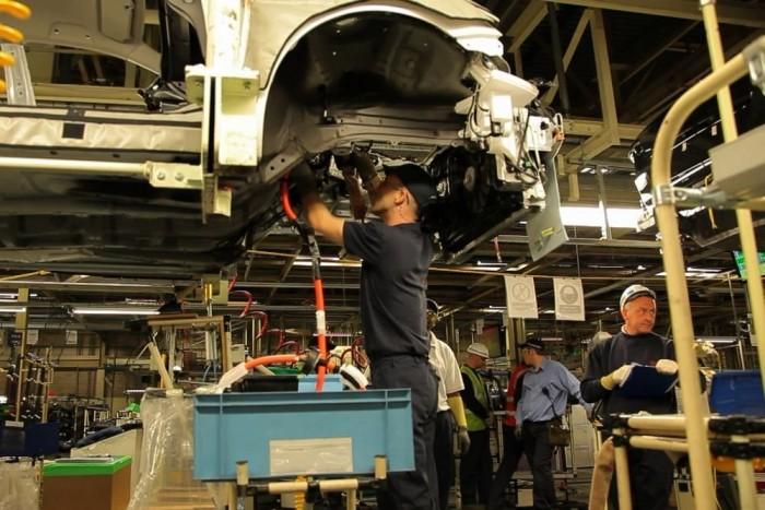Angliában szerelik össze, Európa első hibridautó-gyártósorán