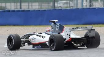 F1: Bevásárolhatják magukat a kihagyott csapatok