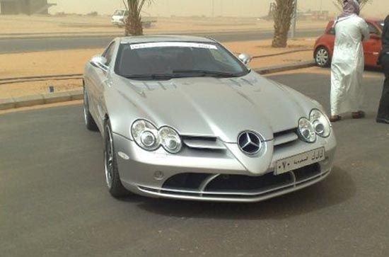 A kedvenc Mclaren Mercedes SLR, csak a szaúdi sebességlimitek jelentenek gondod.