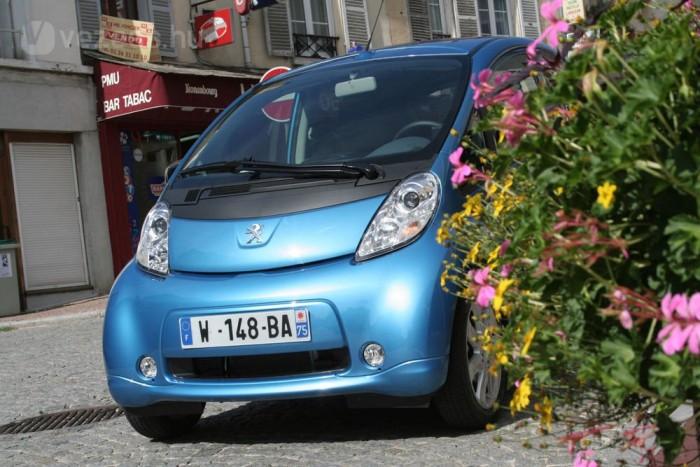 Vezettük: Peugeot iOn villanyautó